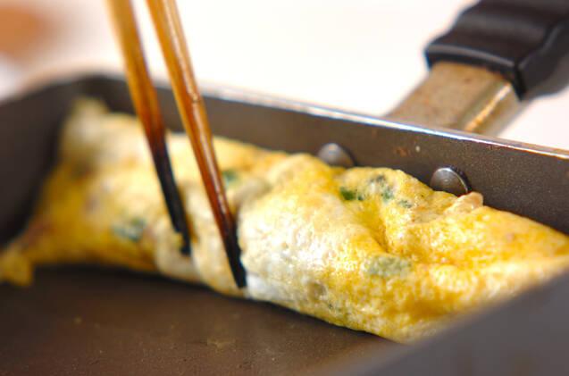 だし巻き卵の作り方の手順4