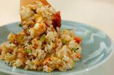 梅干し入り鮭チャーハンの作り方7