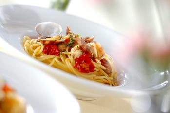 ベイクドトマトとアサリのスパゲティ