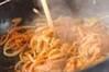 鮭入りカルボナーラの作り方の手順7
