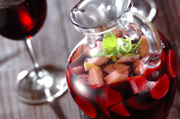 ワイン初心者におすすめ!フルーツたっぷりサングリアレシピ28選