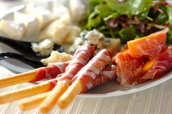 生ハム包みとチーズの盛り合わせ