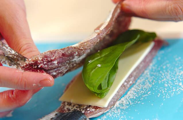 イワシのチーズはさみフライの作り方の手順6