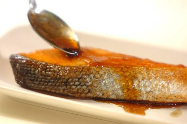 鮭のバター照り焼きの作り方の手順5