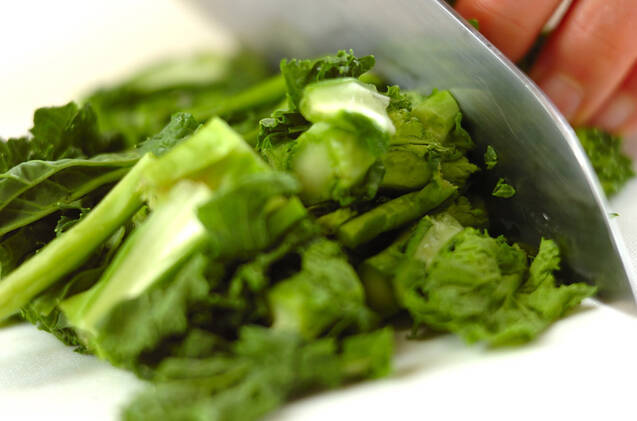 菜の花のペペロンチーノの作り方の手順1