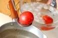 トマトの和風スープの下準備1