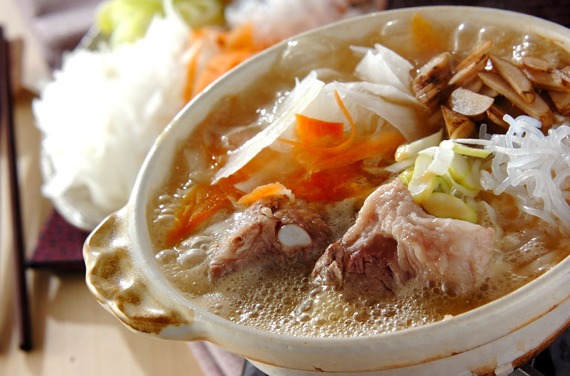 味噌仕立ての豚バラ鍋