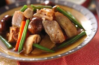 鶏肉と栗の煮込み