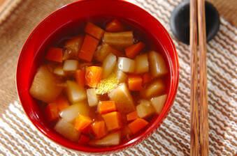 ほんのりユズの根菜汁