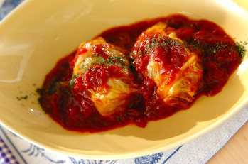 トマト味のロールキャベツ