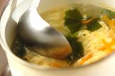玄米を使った和風チャーハンとワカメスープの作り方4
