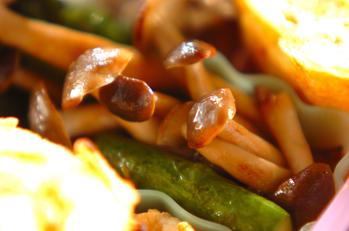 アスパラとシメジの炒め物