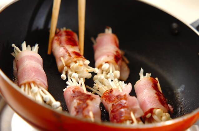 お弁当のおかずに!エノキのベーコン巻きの作り方の手順5