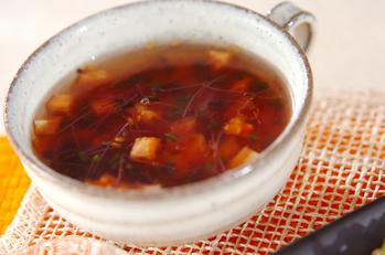 トマトとスプラウトのスープ