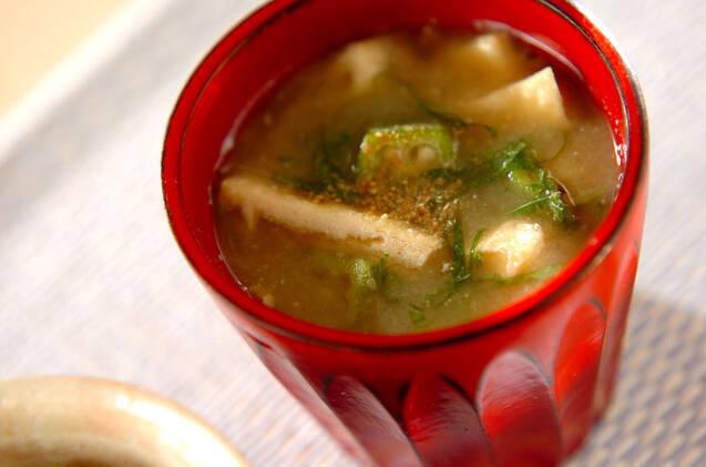 オクラと納豆の味噌汁