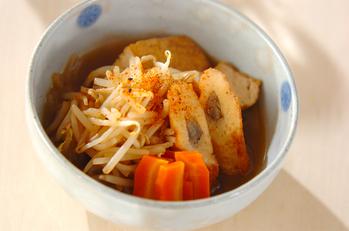 モヤシと練り物の煮物
