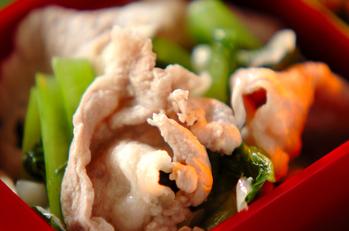 塩麹漬け豚と小松菜の炒め物
