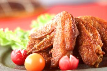 鶏手羽先の五香粉風味揚げ