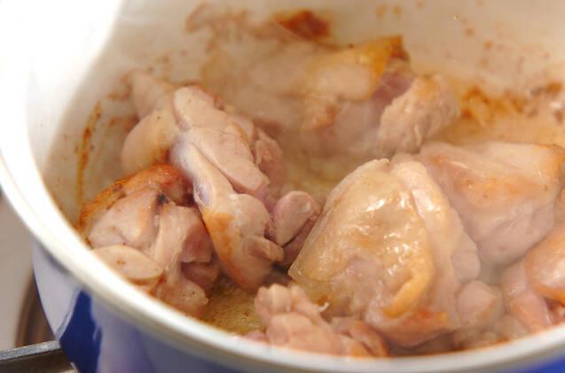 鶏肉と里芋の炒め煮の作り方の手順5