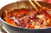 骨付きバラ肉のショウガ炒め煮の作り方3