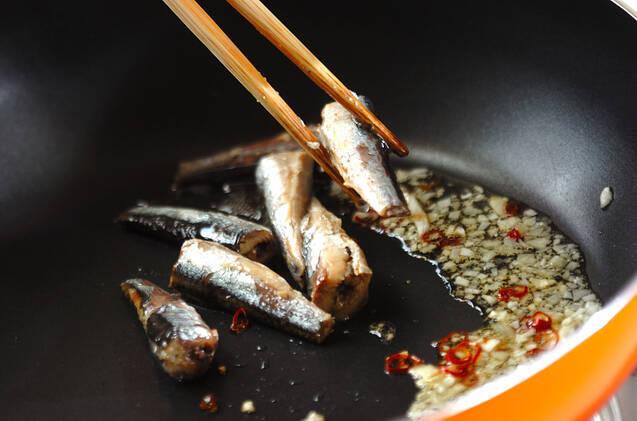 ゴーヤとオイルサーディンの卵炒めの作り方の手順2