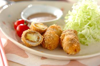 チーズ入りカレー風味豚肉フライ