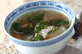 鶏ひき肉の卵白スープ