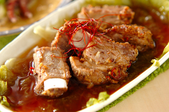 豚骨付きバラ肉の豆鼓蒸し