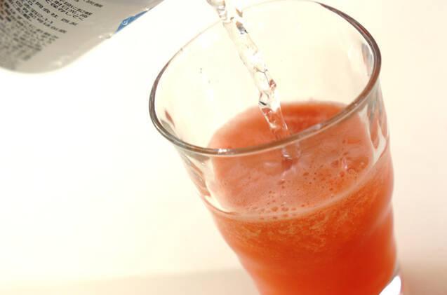 スイカのソーダ割りの作り方の手順4