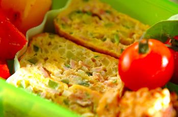 ズッキーニとハムの卵焼き