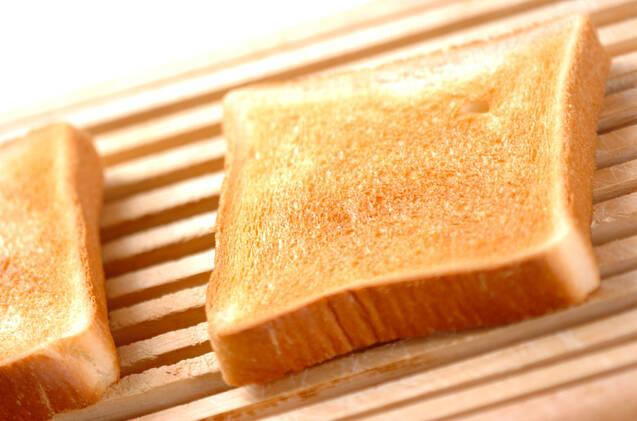 チーズオムレツサンドの作り方の手順2