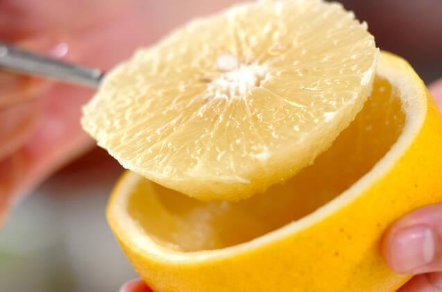 まるごとグレープフルーツゼリーの作り方の手順1