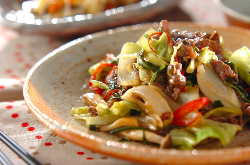 4. 牛肉のコショウ炒め