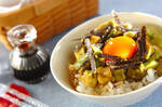 漬けアボカドの卵かけご飯