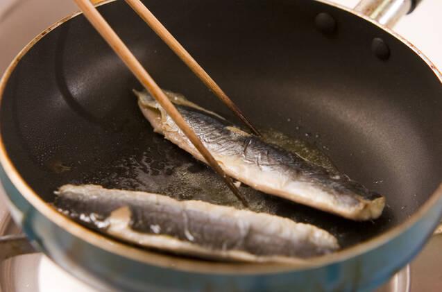 イワシ蒲焼丼の作り方の手順1