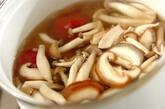 キノコの梅風味汁の作り方3