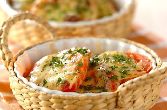 トマトのアンチョビチーズペッパー焼き