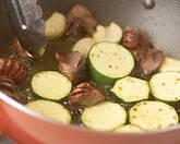 ズッキーニと砂肝の作り方2