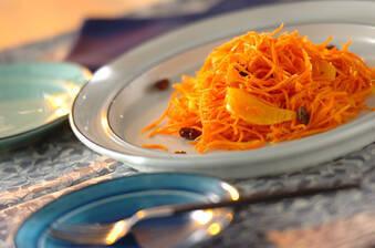 ニンジンとオレンジのメープルマリネ