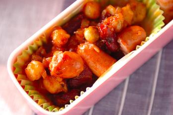 ソーセージと豆のチリ炒め