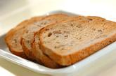 梨とピーナッツバターのサンドイッチの下準備2