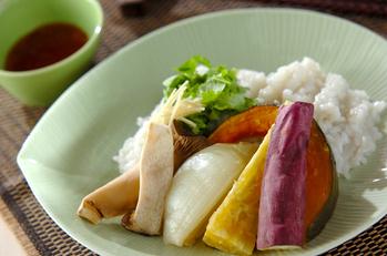 レンジ圧力鍋でタイ風おこわと蒸し野菜