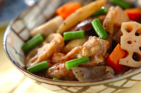 最強の相棒!ごぼう&鶏肉のレシピ、主食からおかずまで15選