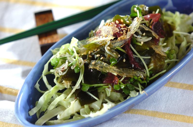 2. 海藻サラダ