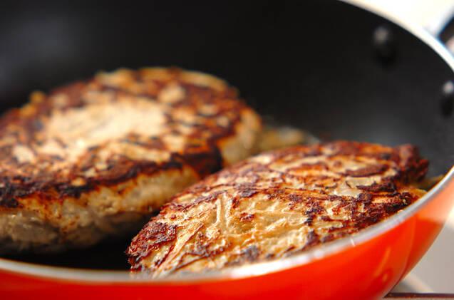 鶏とゴボウのハンバーグの作り方の手順4