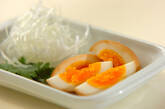 半熟煮卵の中華粥の下準備1