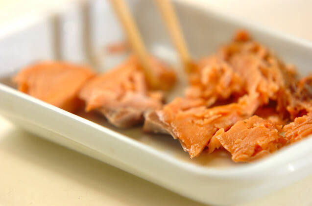鮭とイクラの親子寿司の作り方の手順2