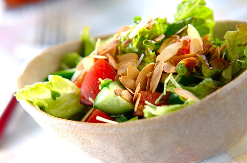 サニーレタスのグリーンサラダ