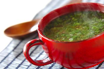 春菊と豚肉のピリ辛♪アジアンスープ