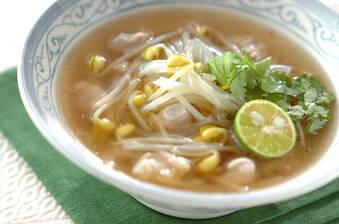豆モヤシのエスニック風スープ